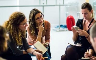 ¿Vale la Pena Capacitarse Asistiendo a Seminarios, Conferencias o Cursos?