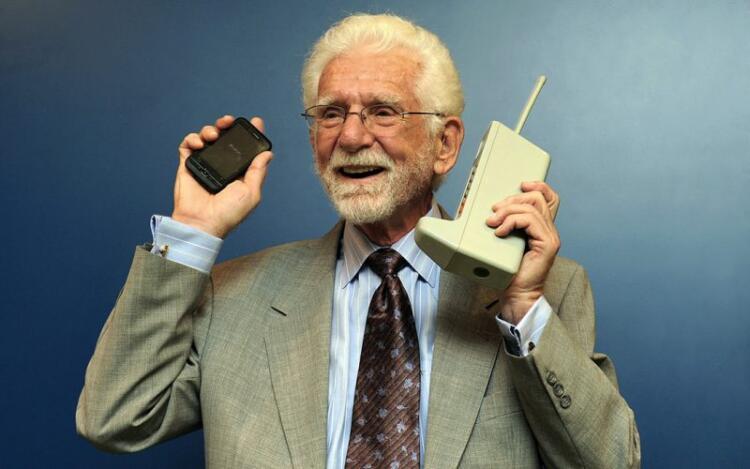 Mucho más que un teléfono: un invento inmortal