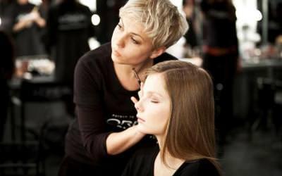 Andrea Curto: visible y exitosa gracias al maquillaje