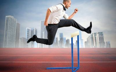 Si quieres ser feliz y exitoso, bríncate estos obstáculos